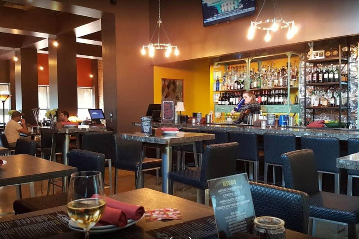 Corduroy-restaurant-phoenix-arizona-interior-bar-seating-area-3
