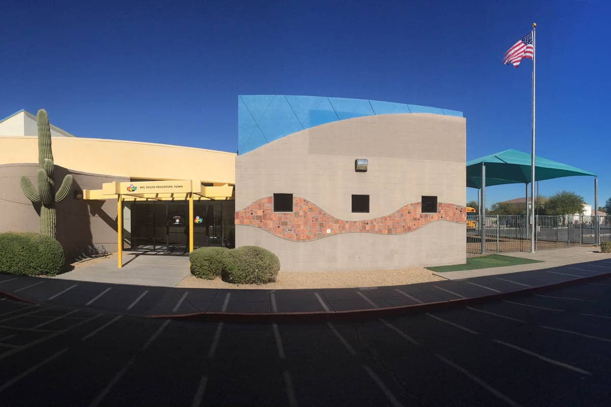 Espiritu-nfl-yet-school-phoenix-arizona-main-entrance-1
