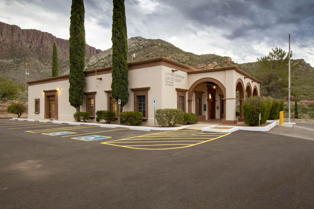 Pinal-county-superior-courthouse-cooper-corridor-florence-arizona-1