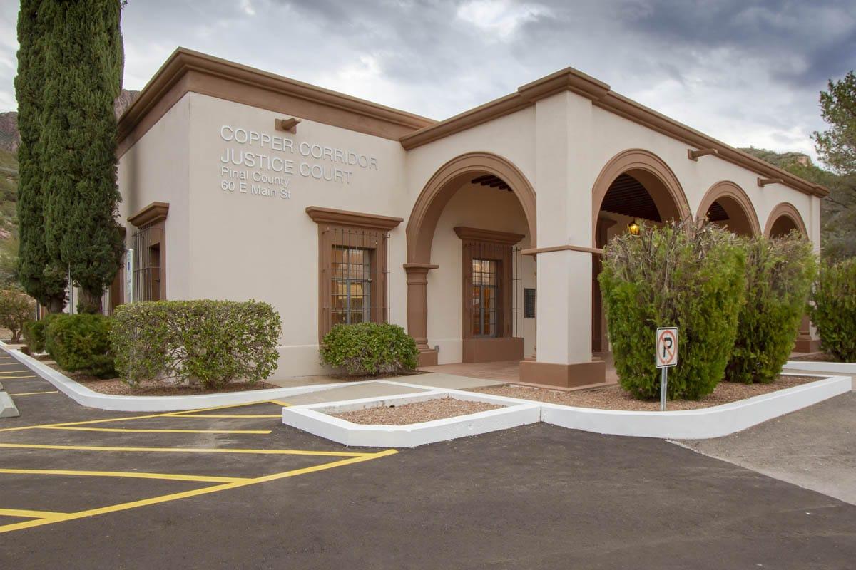 Pinal-county-superior-courthouse-cooper-corridor-florence-arizona-2