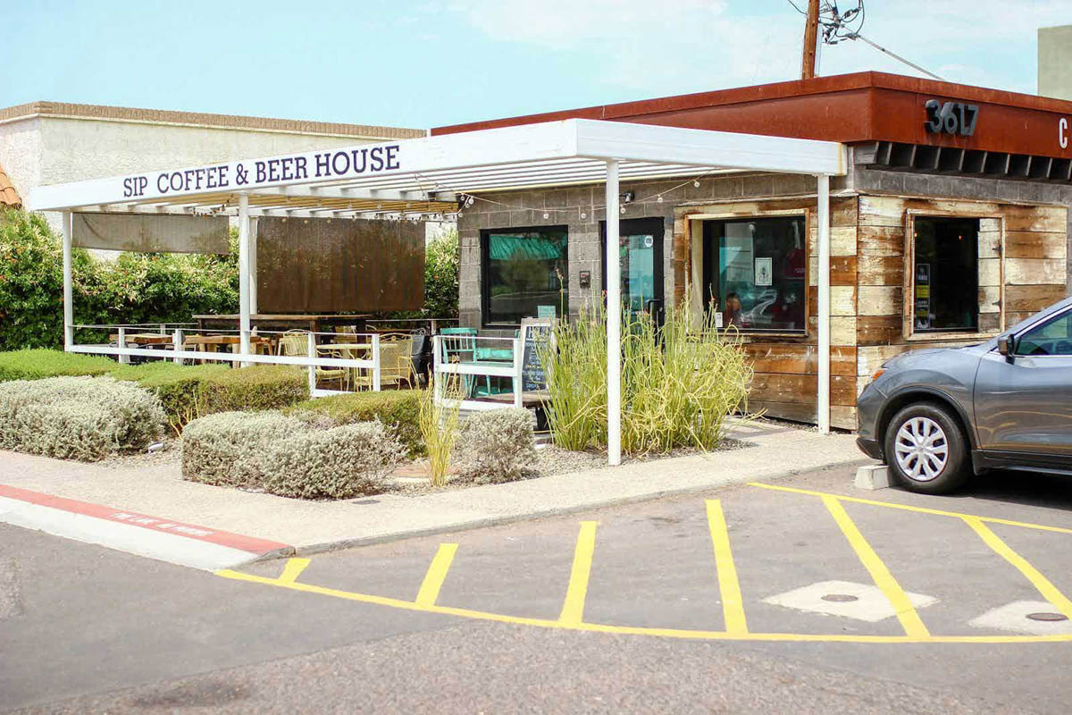 Sip-coffee-and-beer-house-scottsdale-arizona-front-entrance-2
